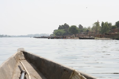 s_gou___en_pirogue_sur_le_Niger